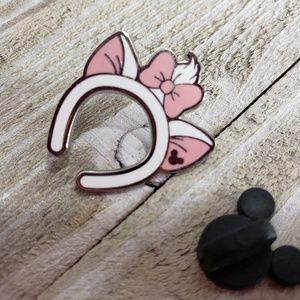 2/$18. Disney Minnie Headband Marie Ears Pin